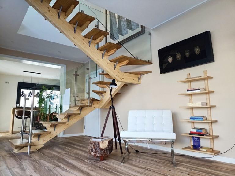 Casa-pasiva-escalera -Ter